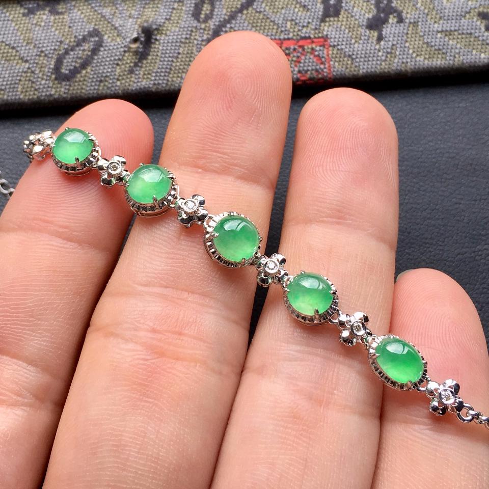 冰种绿晴水翡翠手链镶白金钻石第6张