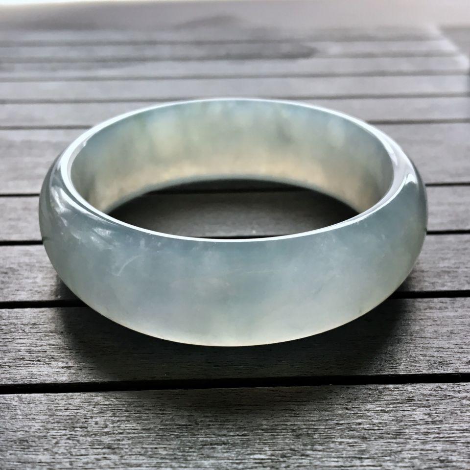 冰种晴水翡翠手镯 (贵妃)第5张