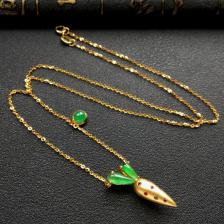 冰种飘翠胡萝卜锁骨翡翠项链 镶18k金红宝石