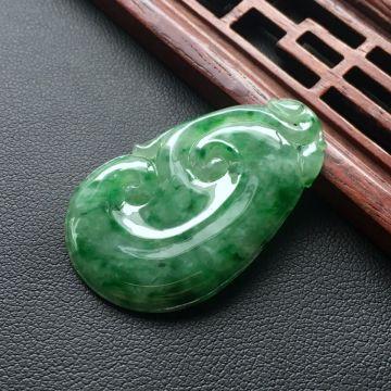 冰种飘绿如意翡翠吊坠