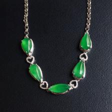 糯冰种阳绿水滴翡翠手链 镶白18K金钻石