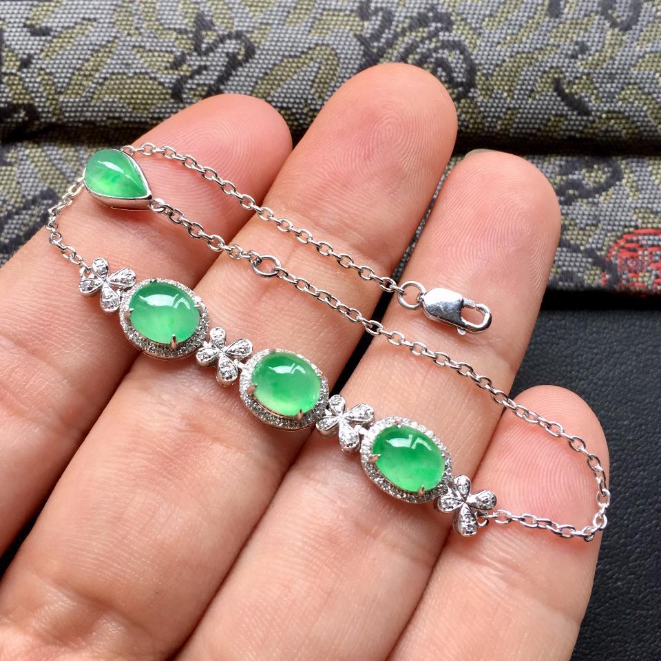 翠色冰种翡翠手链 镶白金钻石第4张