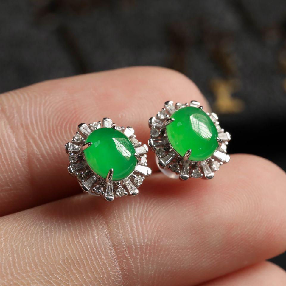 冰种翠绿翡翠耳钉镶白18K金钻石第5张