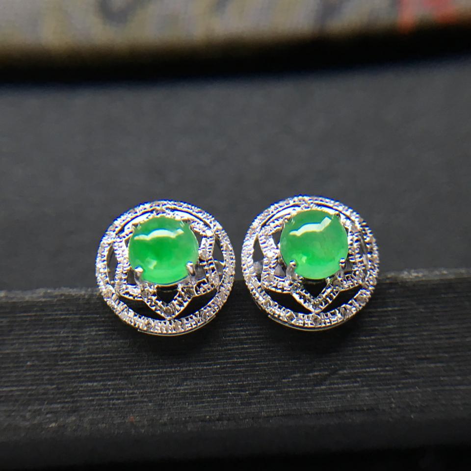 飘绿冰种翡翠耳钉一对 镶白金钻石第2张