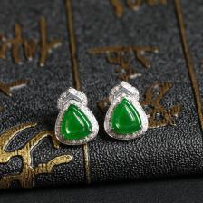 阳绿冰种翡翠耳钉 镶白18K金钻石