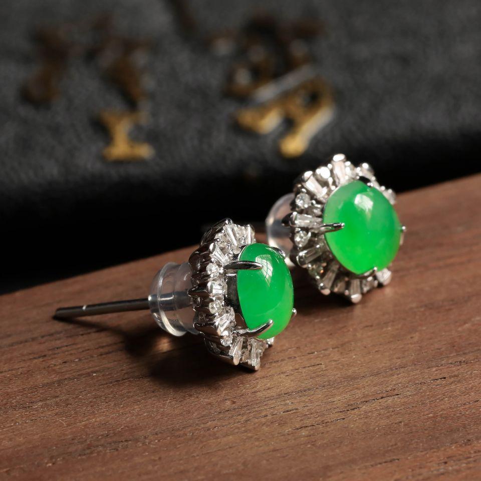 冰种翠绿翡翠耳钉镶白18K金钻石第6张