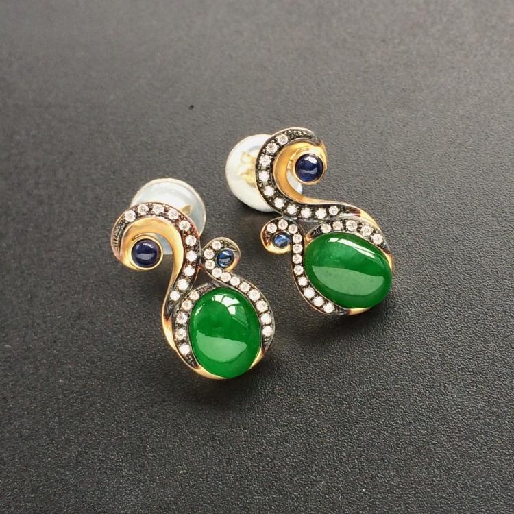 阳绿冰种翡翠耳钉 镶黄18k金钻石