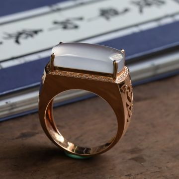 冰种无色翡翠戒指 镶18K玫瑰金钻石