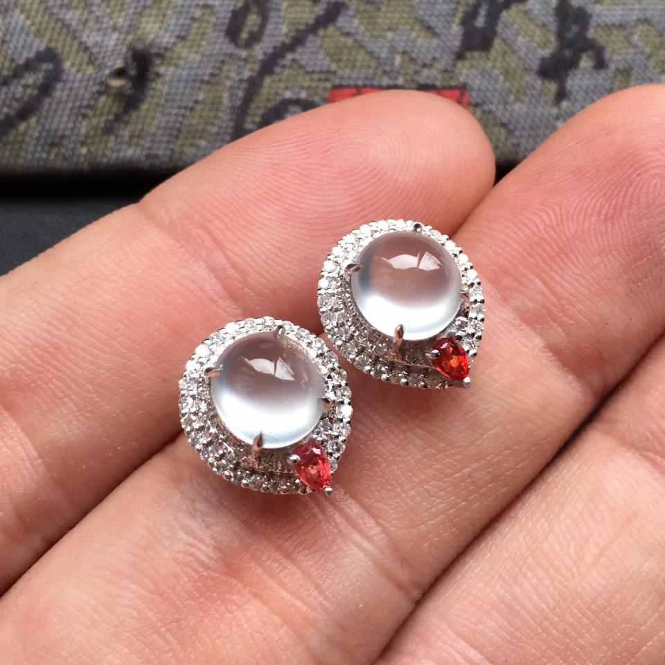 无色冰玻种起光翡翠耳钉一对 镶白金钻石第5张