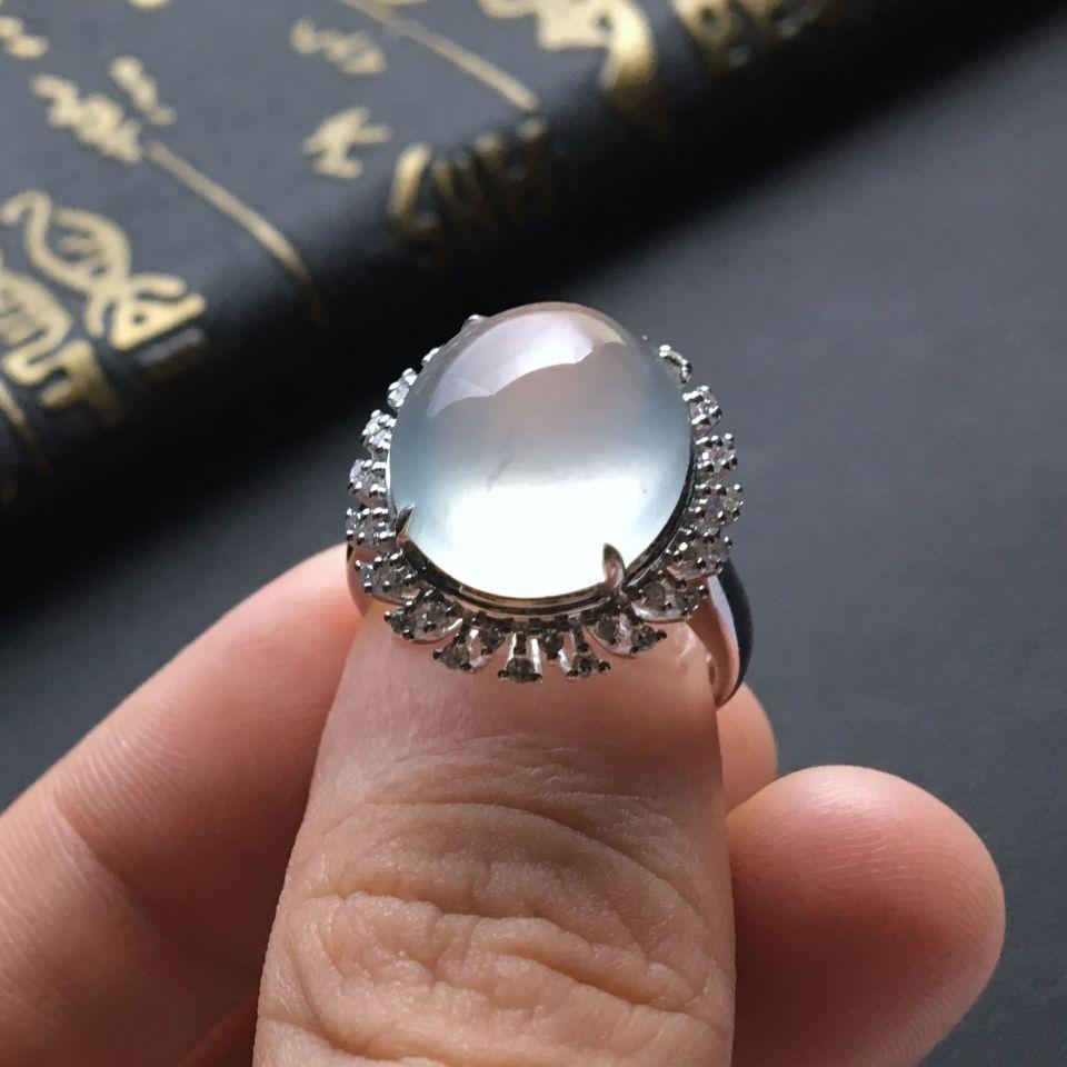 晴水冰种翡翠戒指 镶白金钻石第4张