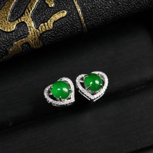 浓绿糯冰种翡翠耳钉 镶白18K金钻石
