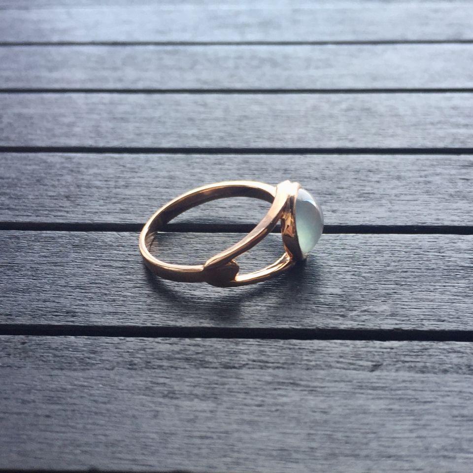 冰玻种无色翡翠戒指 镶玫瑰金第5张