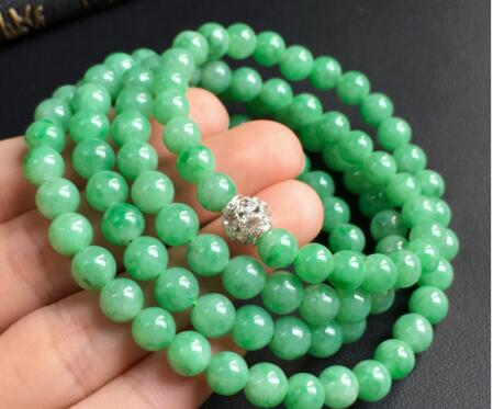 如何选购翡翠珠链?三招教你挑选到满意的珠链