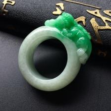 糯冰种飘绿貔貅翡翠指环