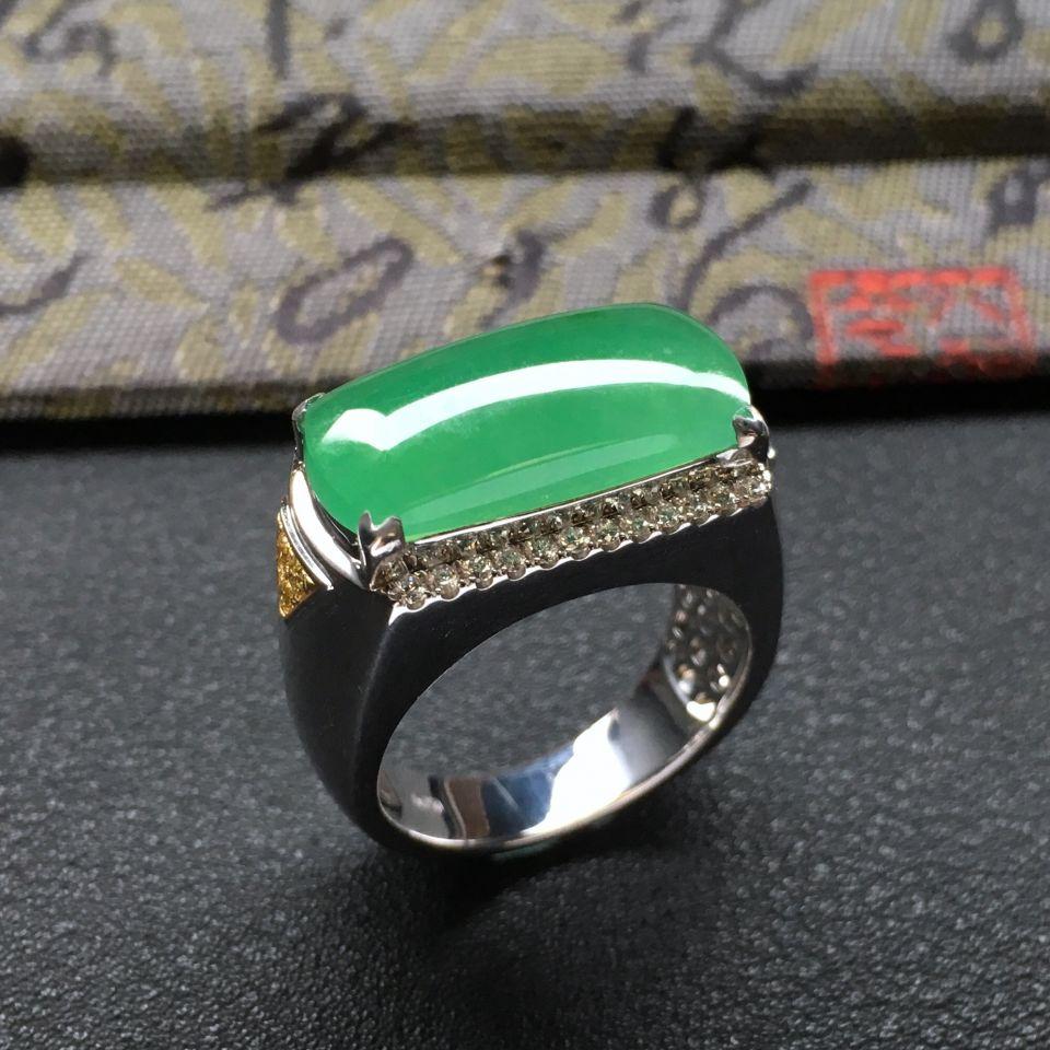 糯冰种绿晴水马鞍翡翠戒指 镶白金钻石第2张
