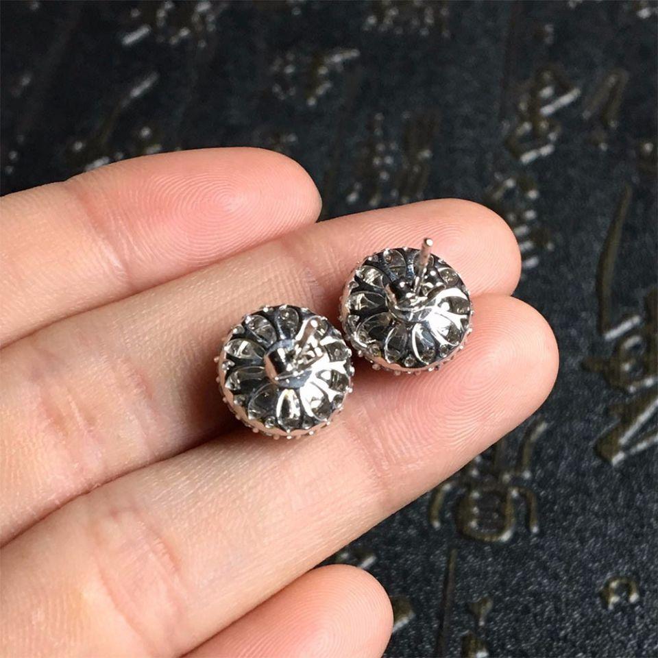 冰种浓绿翡翠耳钉镶白金钻石第3张