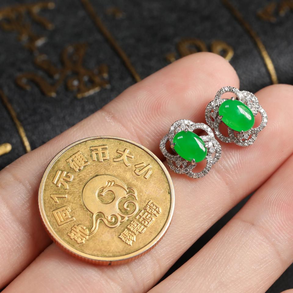 糯冰种翠色翡翠耳钉 镶白18K金钻石第7张
