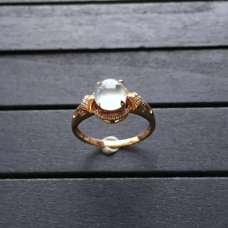 冰种无色翡翠戒指 镶玫瑰金钻石第8张
