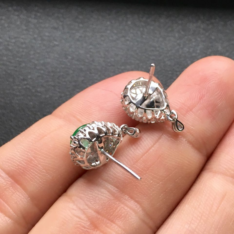 翠绿冰种翡翠耳钉一对 镶白金钻石第7张