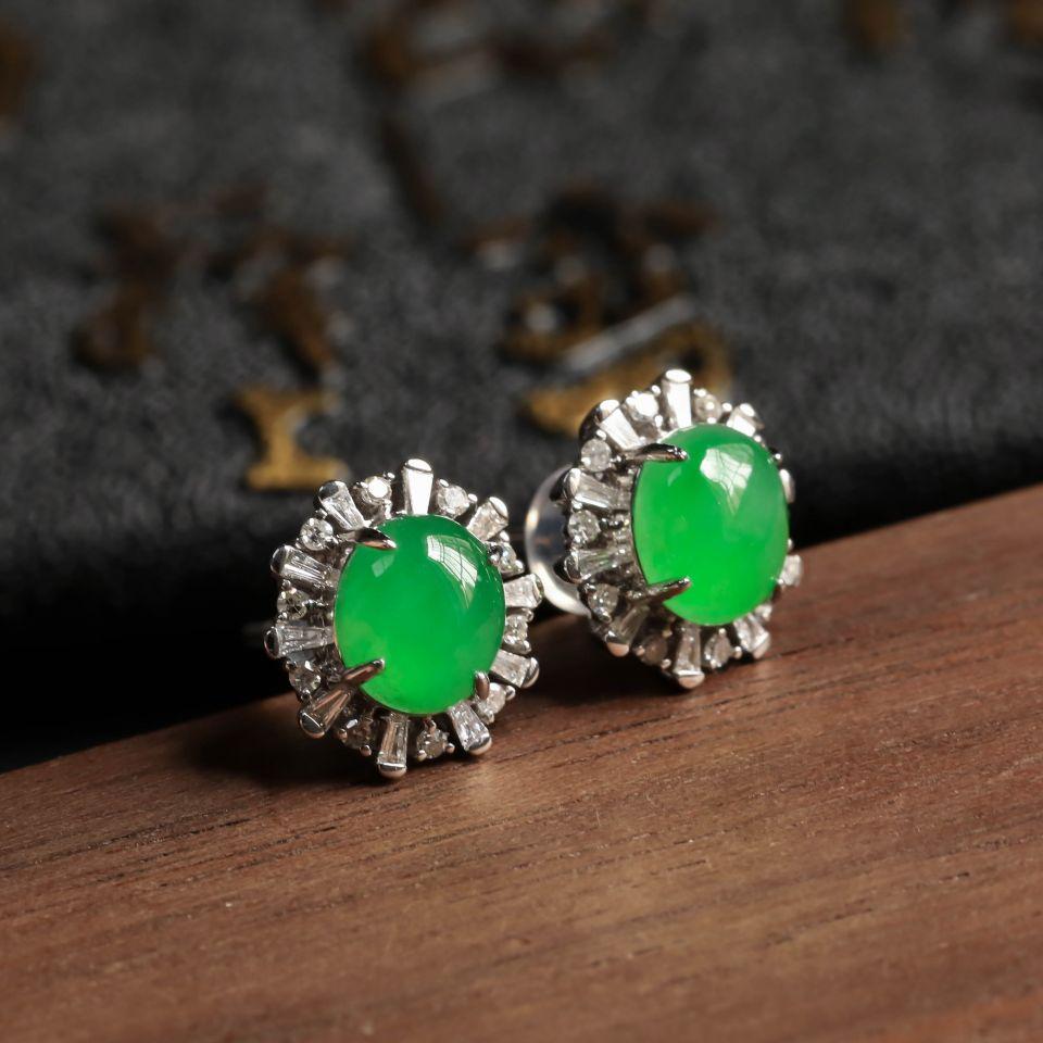 冰种翠绿翡翠耳钉镶白18K金钻石第4张