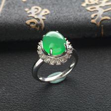 绿晴水冰种翡翠戒指镶白金钻石
