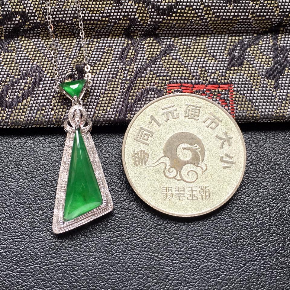 冰种深绿随形翡翠锁骨链镶白金钻石第7张