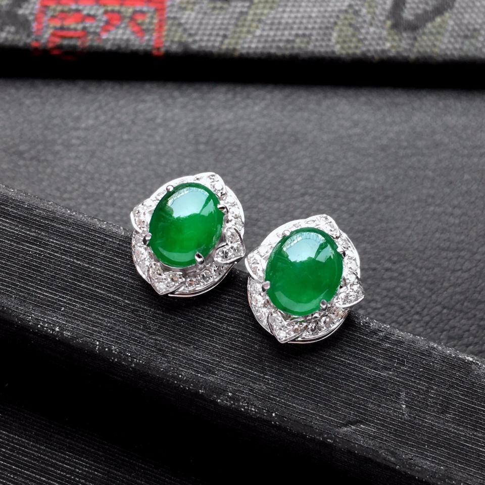 冰种阳绿翡翠耳钉一对 镶白金钻石第6张