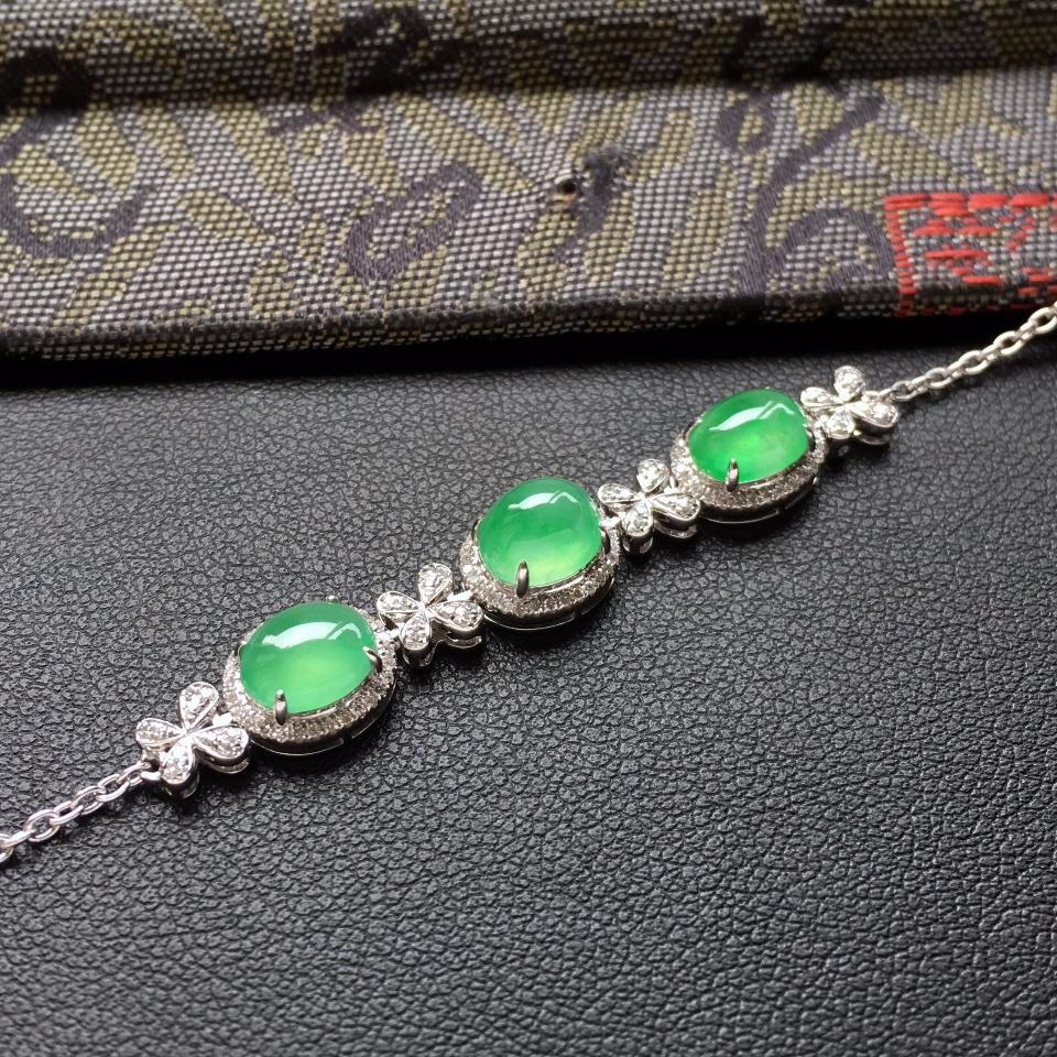 翠色冰种翡翠手链 镶白金钻石第8张