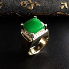 糯冰种阳绿翡翠方形戒指(男戒)