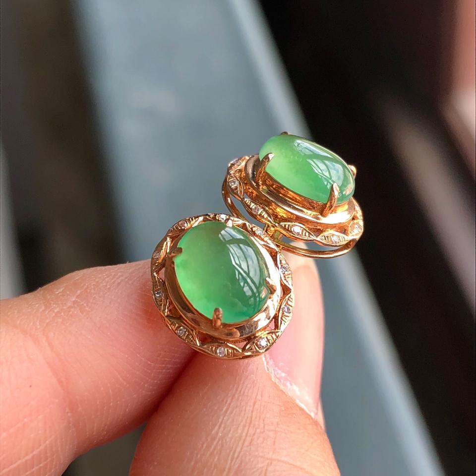 冰种绿晴水翡翠耳钉 镶玫瑰金钻石第2张