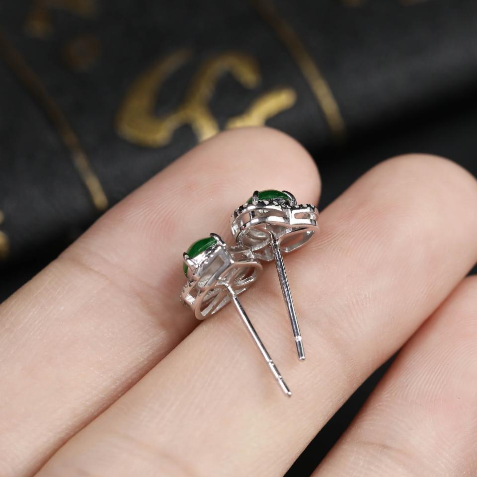 浓绿糯冰种翡翠耳钉 镶白18K金钻石第5张