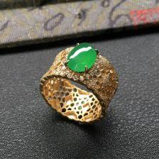 冰种翠色翡翠戒指 镶18k金钻石