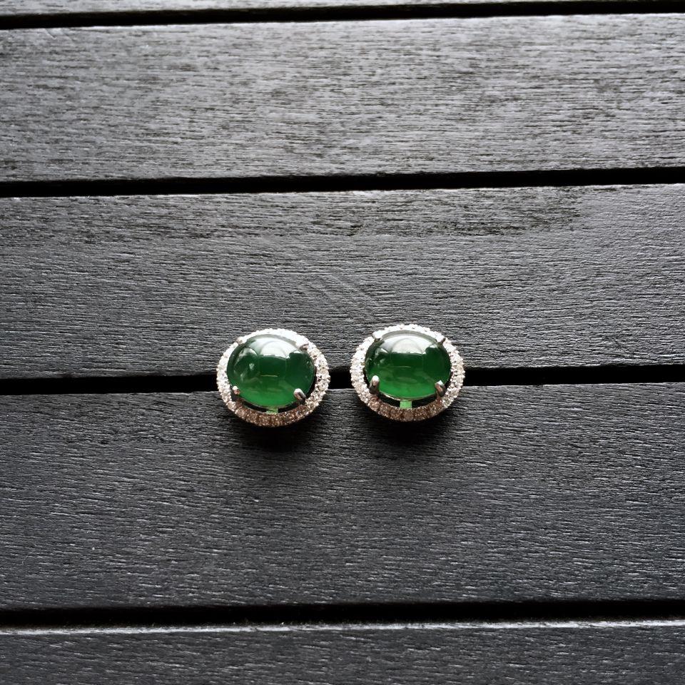 冰种蓝绿翡翠耳钉镶白金钻石第1张
