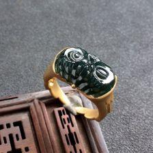 冰种蓝水猫头鹰翡翠戒指 镶黄18K金