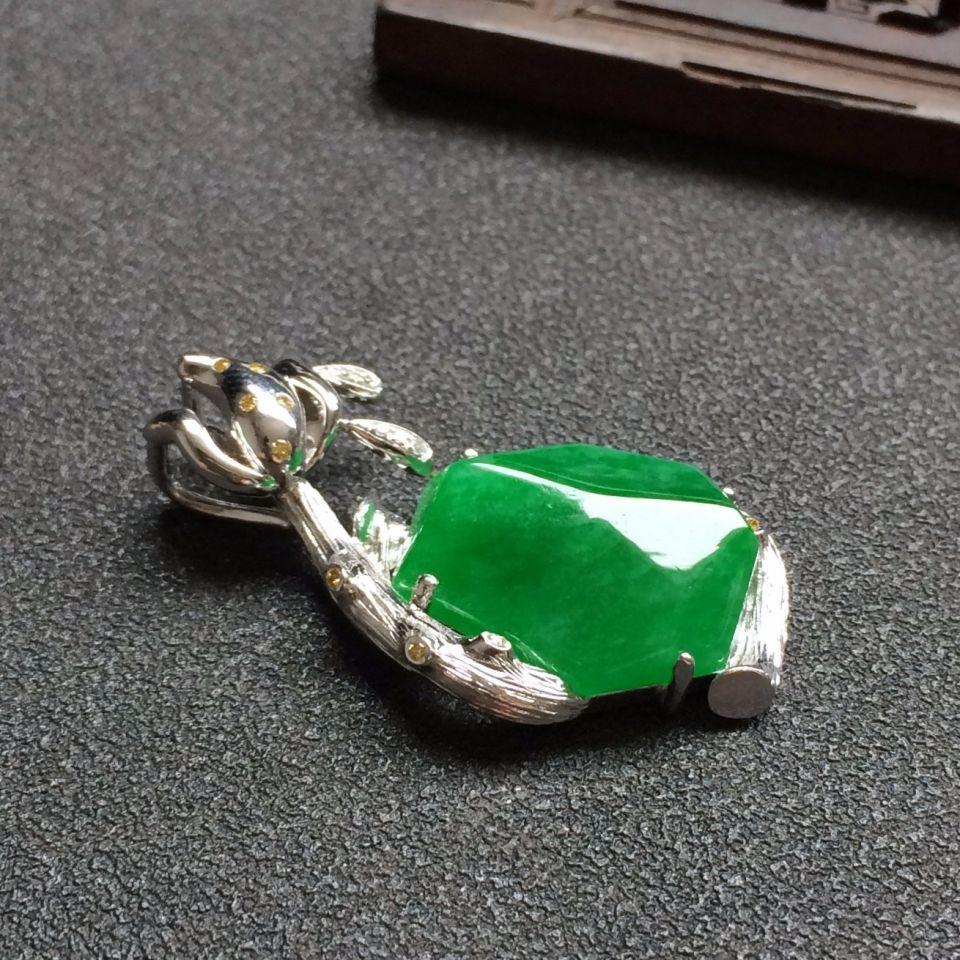 冰种满绿翡翠吊坠第6张