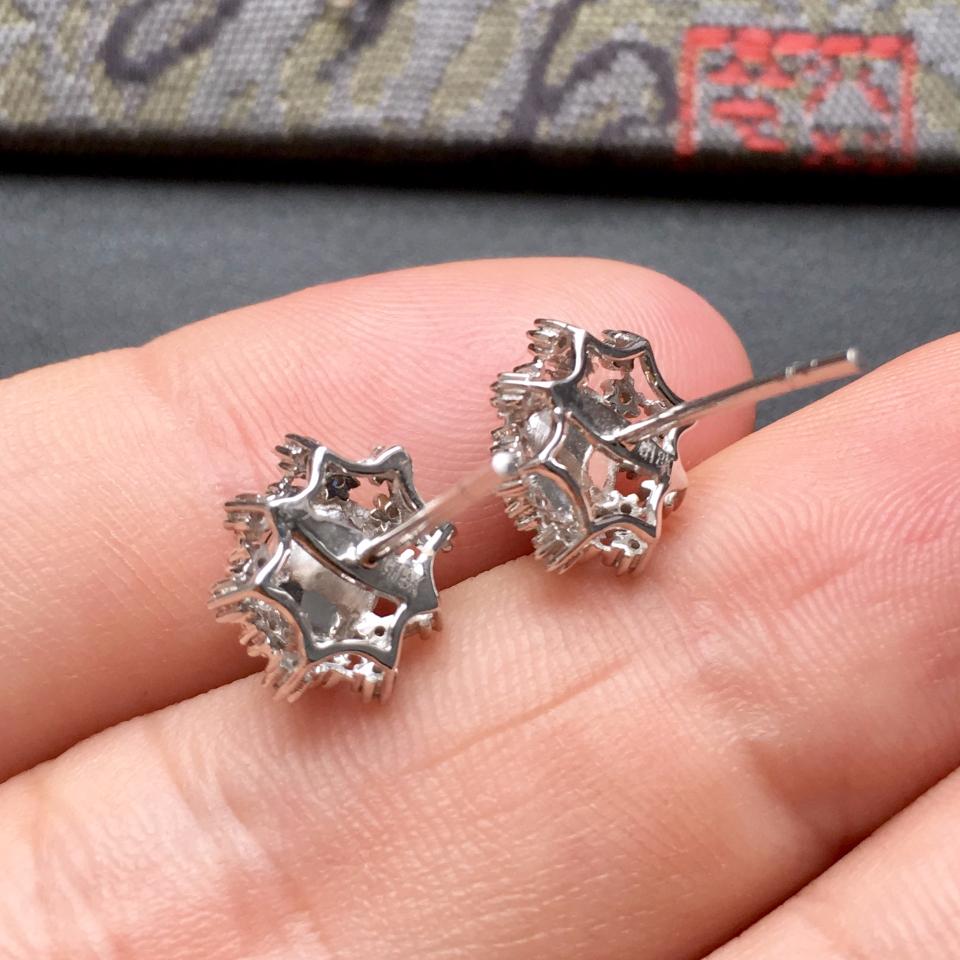 冰种翠色雪花翡翠耳钉一对 镶白金钻石第8张
