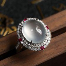 冰种无色翡翠戒指 镶白18K金钻石红宝石