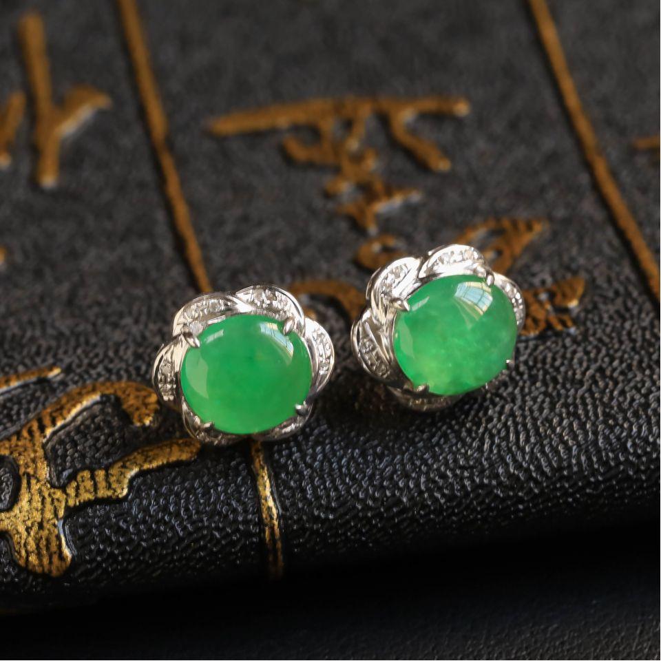晴水飘翠冰种翡翠耳钉 镶白18K金钻石第3张