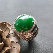 糯冰种正阳绿男戒 镶白金钻石