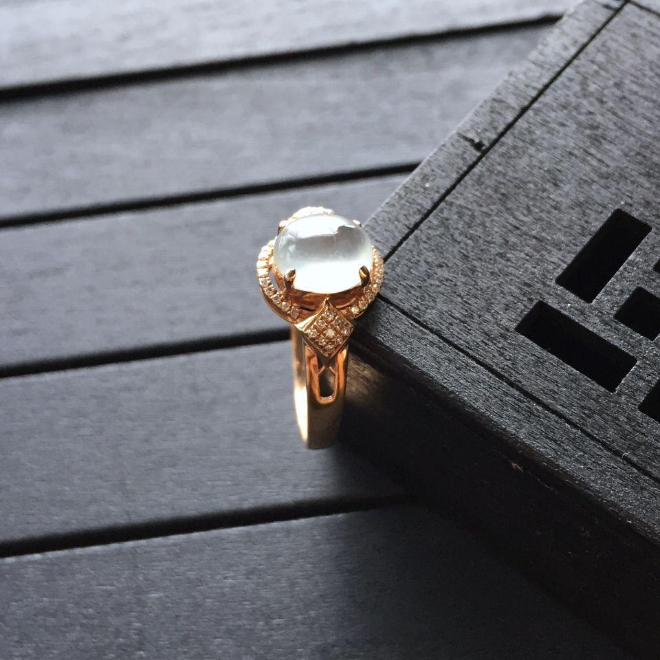 冰种无色翡翠戒指 镶玫瑰金钻石第4张