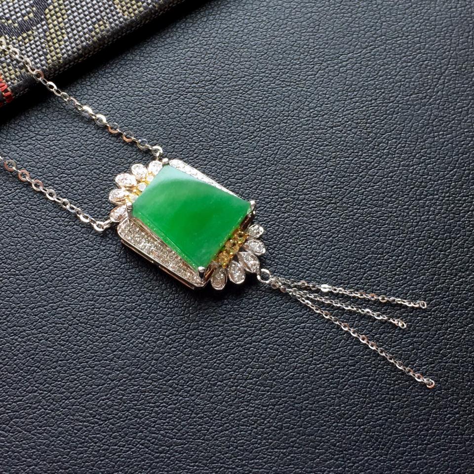 飘翠冰种平安牌翡翠锁骨链 镶白金钻石第2张