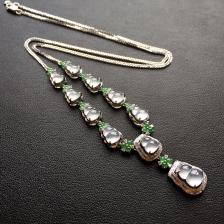 白色冰种葫芦晚装项链镶白金钻石