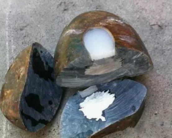 翡翠原石造假手法有哪些,认清这些手法不再上当!