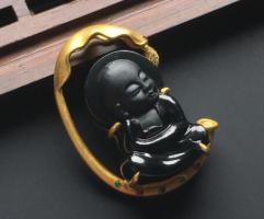 不得不说,也就只有这样的翡翠玉雕作品才最受欢迎!