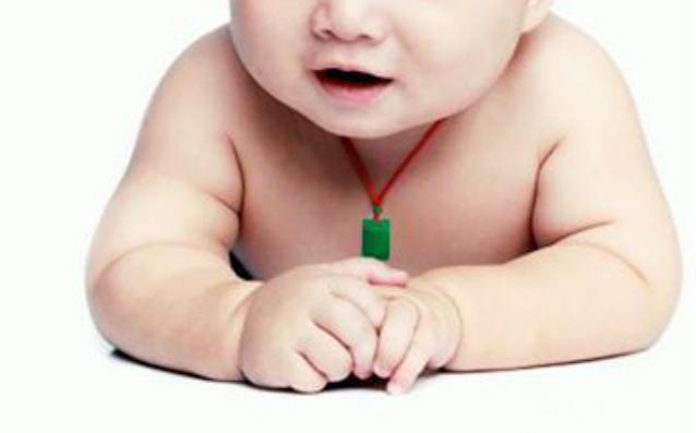 小孩子戴翡翠吊坠需要注意什么?需谨记六个注意事项