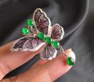 蝴蝶翡翠胸针精巧、时尚!一般要多少钱?