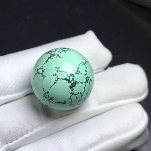 绿松石蓝色变绿了?这是正常的吗?