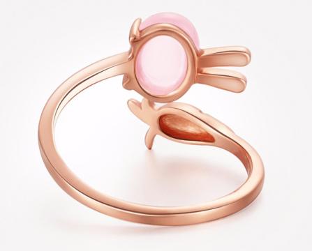天然芙蓉石18k玫瑰金镶嵌小兔子戒指
