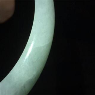 翡翠的石纹和裂纹有什么区别