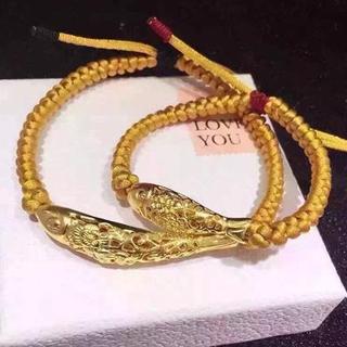 黄金鱼手链怎么佩戴